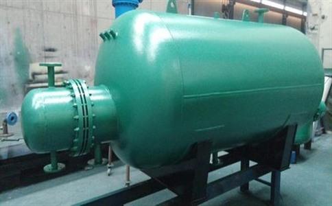 容积式换热器主要的组成部分有哪些